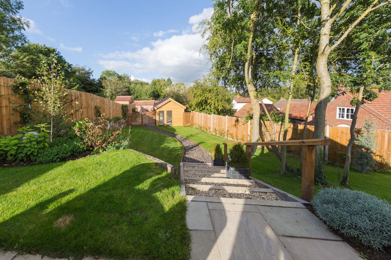 Warren Bawburgh garden